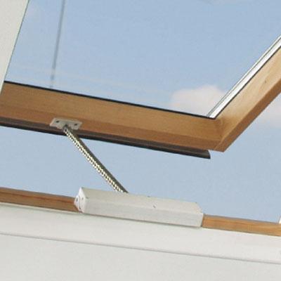 Elektrisk vinduesåbner drivhus